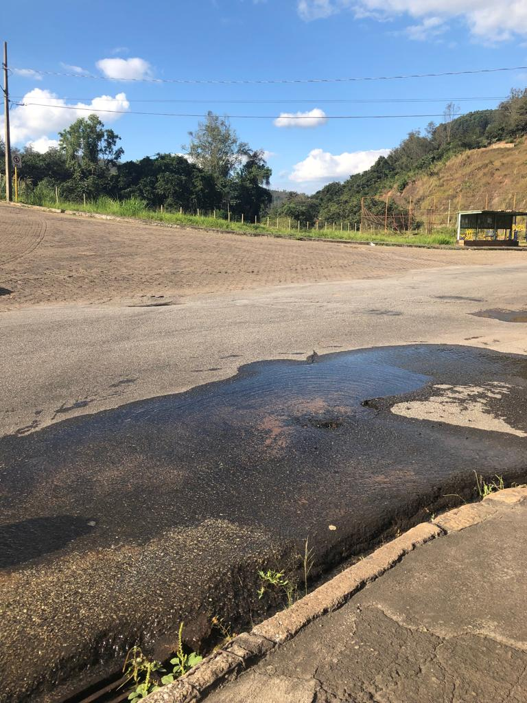 Vazamento Pelo Sensor Do óleo Fox Achado Com O Cel: Vazamento De água No Santa Cruz Completa Nove Dias